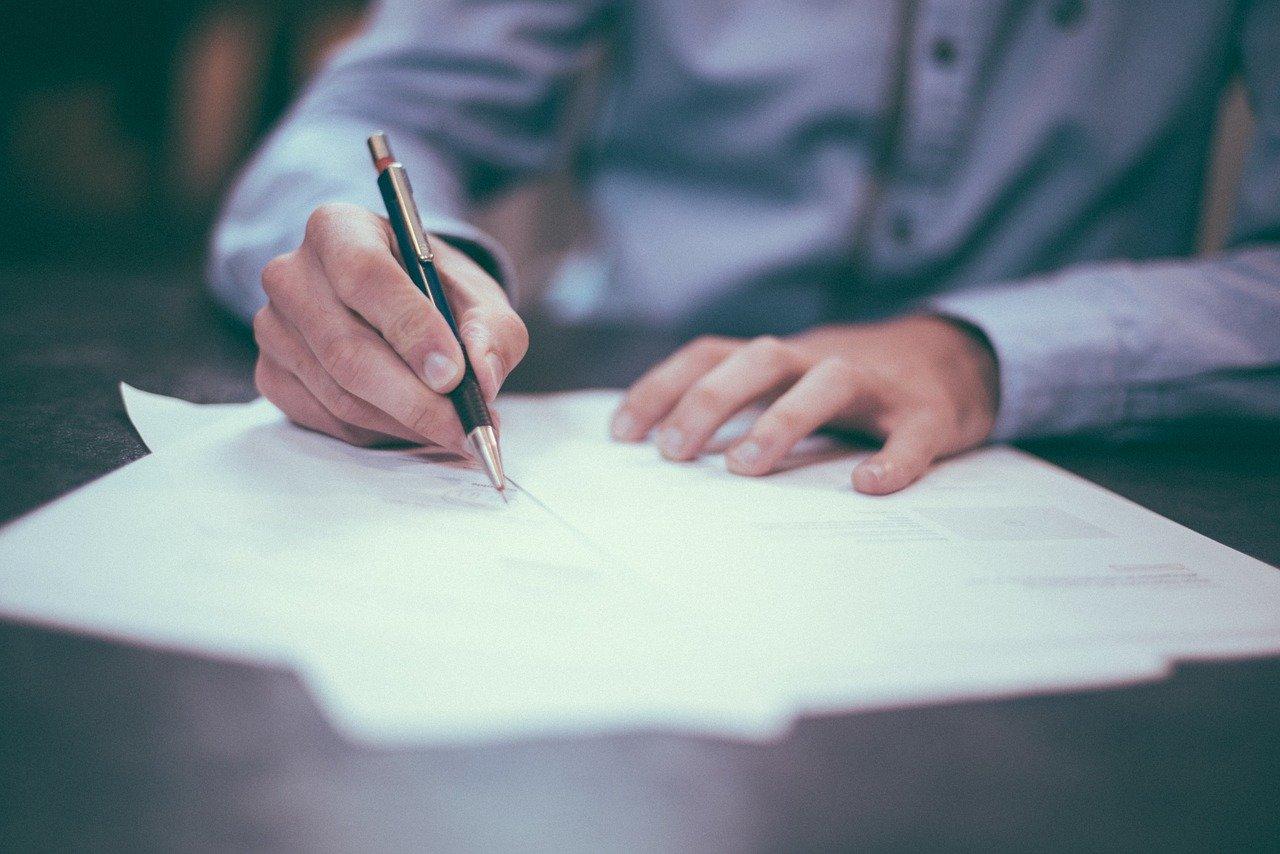umowa-pozyczki-co-powinna-zawierac